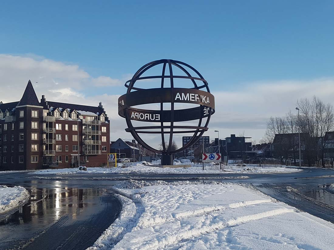 Merwestaal supplies the material for a corten steel globe on a roundabout in Purmerend